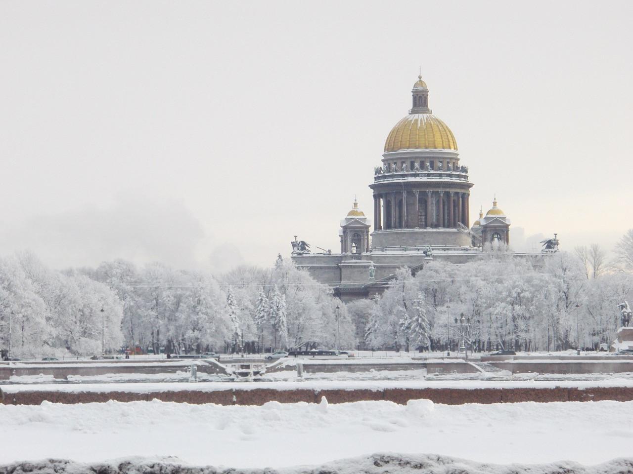 Куда поедут россияне на зимние праздники?
