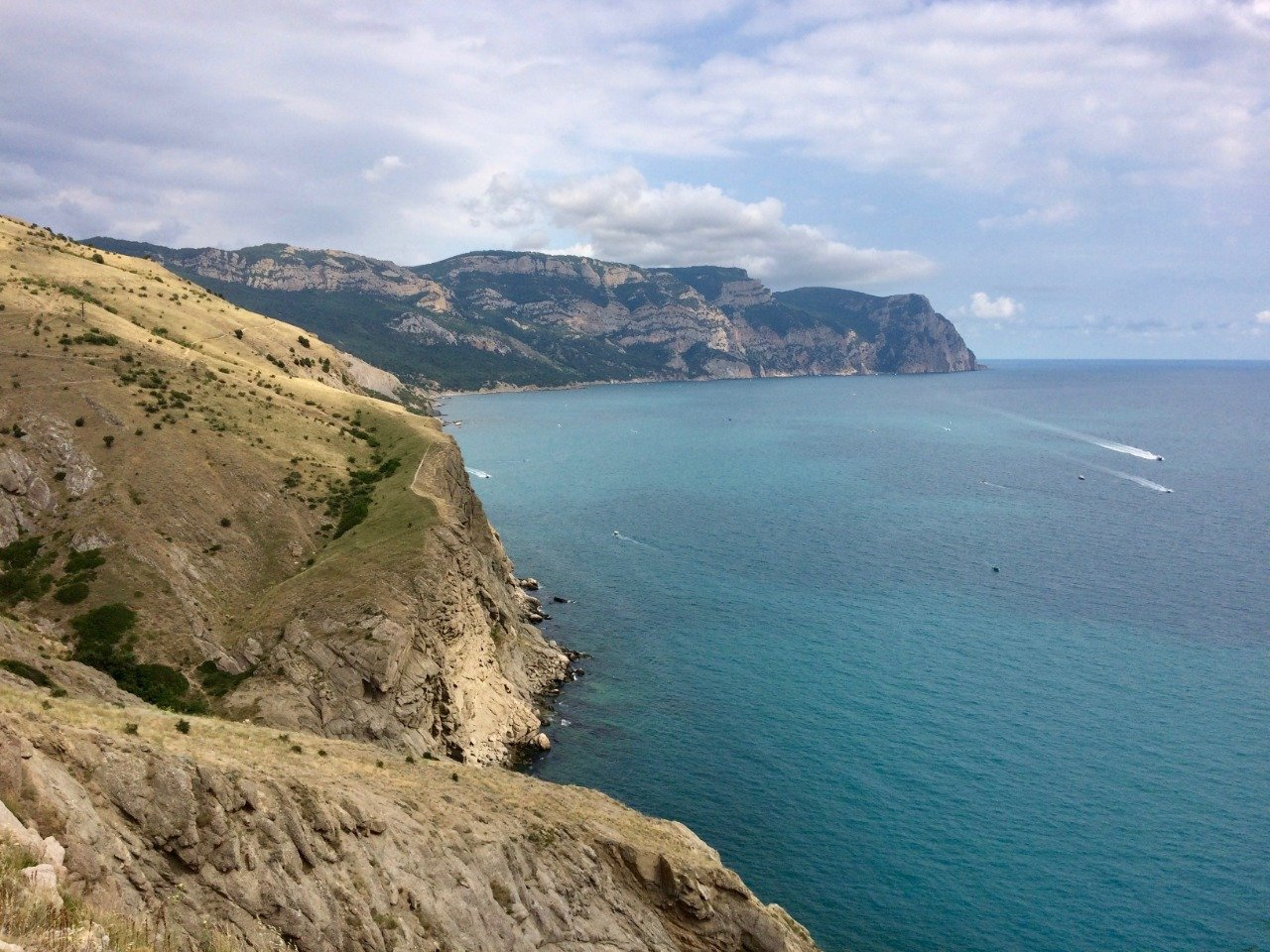 Недорогая поездка в Крым: хорошо ли отдыхать на западном побережье?