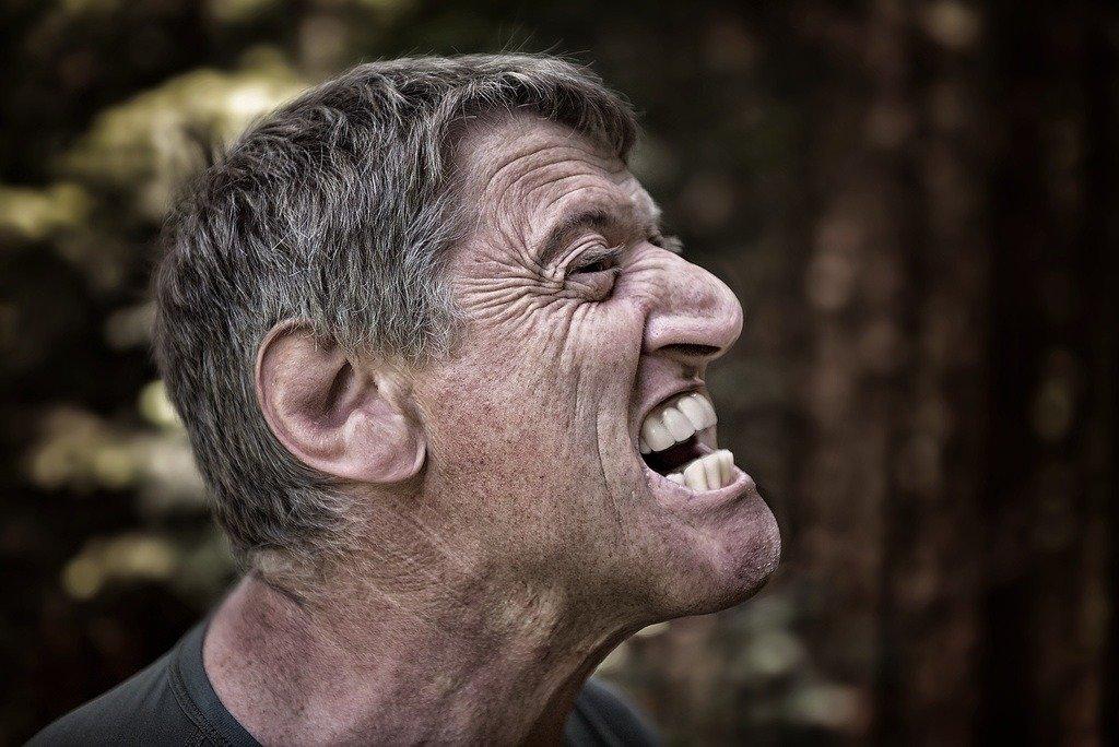 Что делать, если в дороге разболелся зуб?