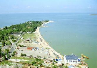 Куда дешевле всего поехать на море в России?
