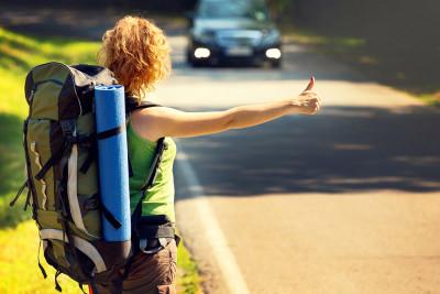 Советы автостопщикам: как себя вести и чего категорически не стоит делать