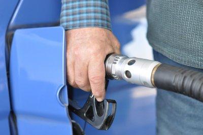 Где в России самый дешевый и самый дорогой бензин?