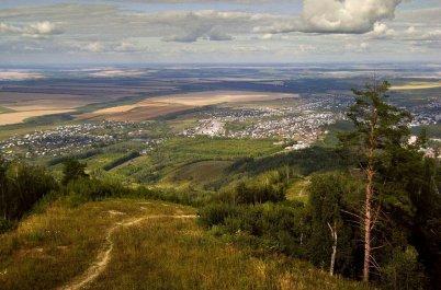 Куда поехать в июле: путешествия по России
