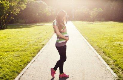 Путешествия при беременности: что нужно знать, чтобы не бросаться из крайности в крайность