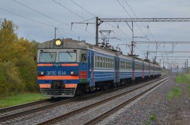 Чем заняться в поезде: советы для длительных поездок