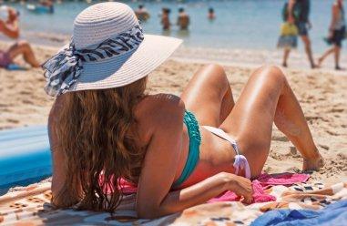 Как не получить ожог на пляже: принципы безопасного загара