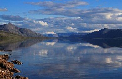 Озеро Лабынкыр в Якутии и чудовище, которое там обитает